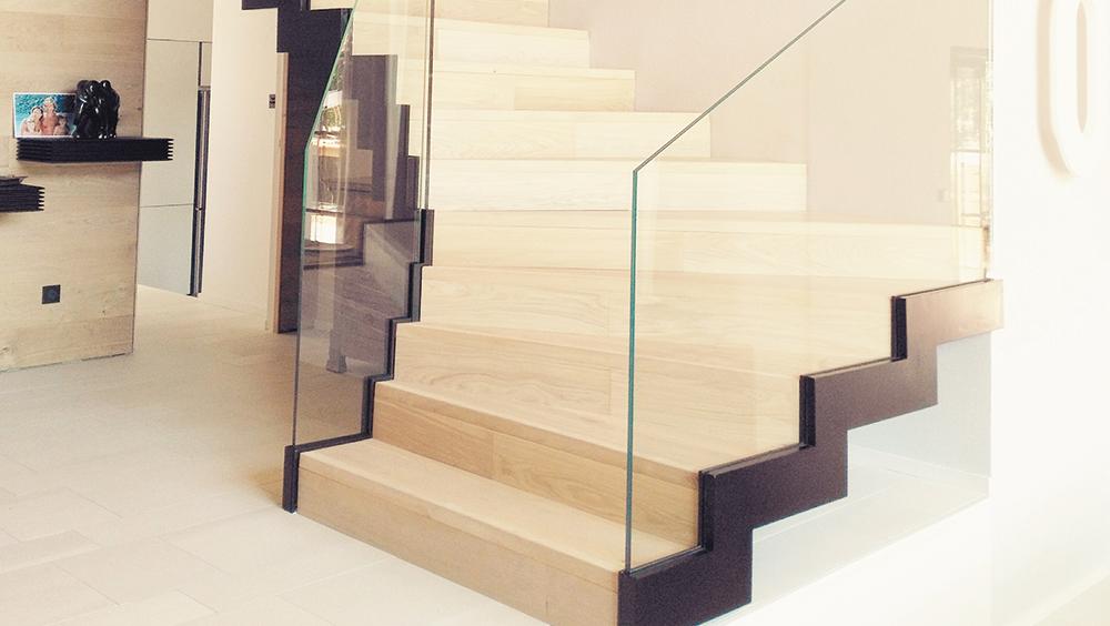 Escalier Design Métal / Bois / Verre